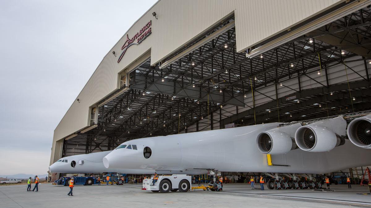 Image of Strato leaves hangar
